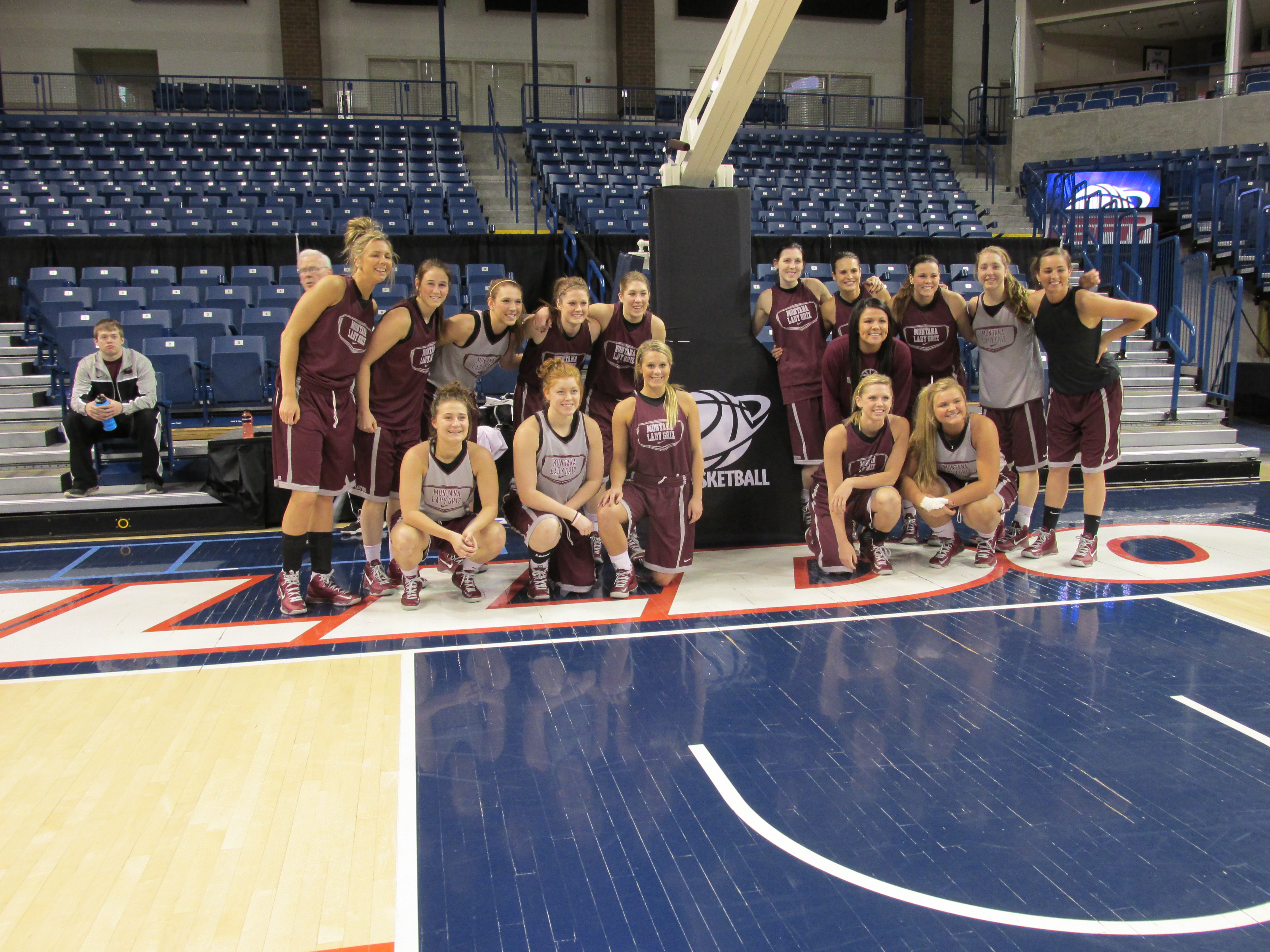 The Lady Griz posed for a picture before practice began.