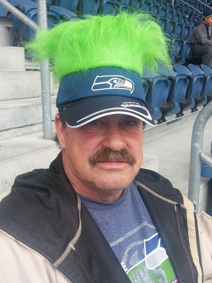 Because Mike returned to Washington State he was able to do a lot of fun things with his brothers and sisters, including going to Seahawks games (photo cred to my Aunt Nancy).