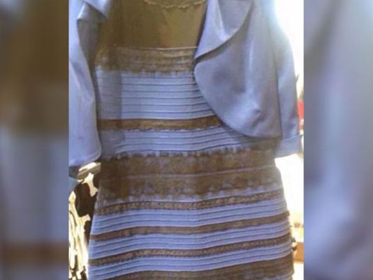 I only see blue and black.