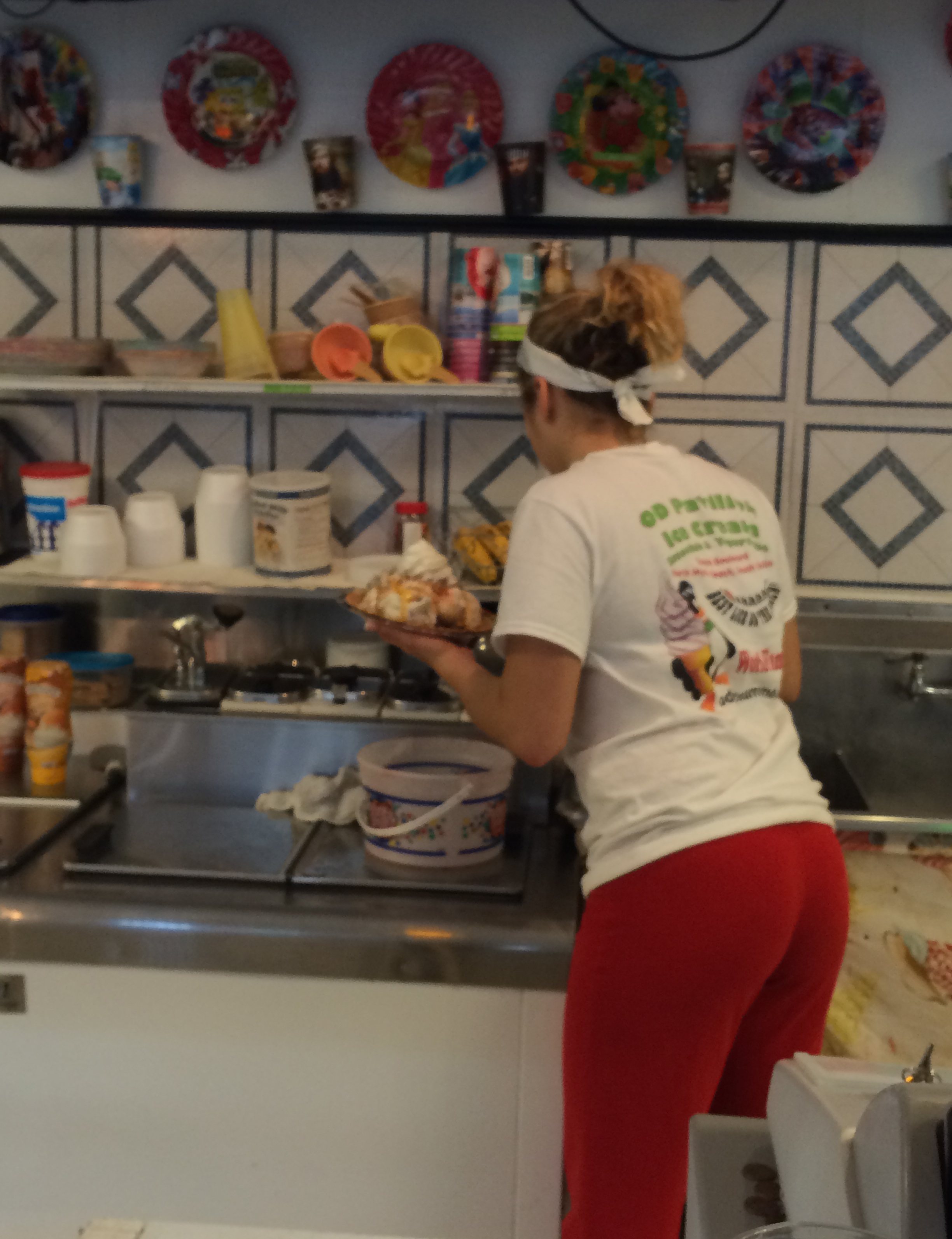The very  nice O.D. Pavilion Ice Cream employee making the Waterdog Challenge.