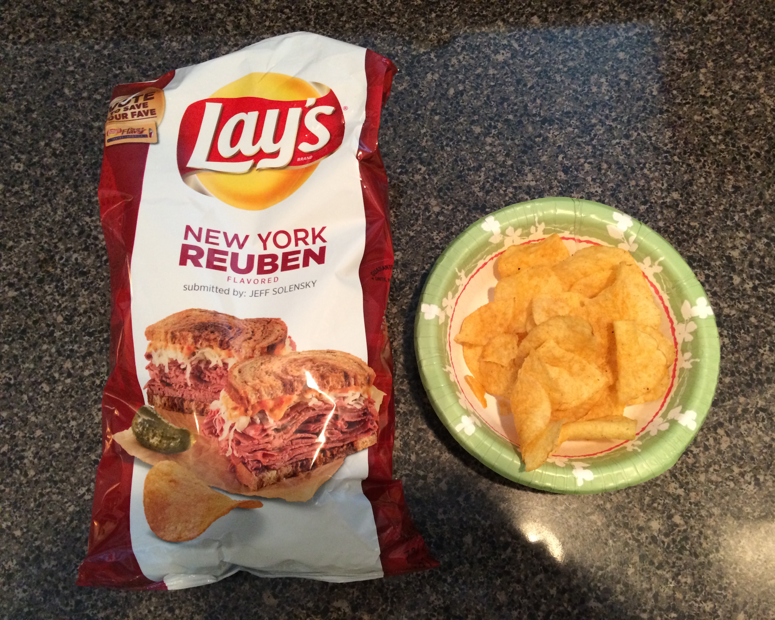 The #DoUsAFlavor New York Reuben chips had a slight tomato sauce taste to me.