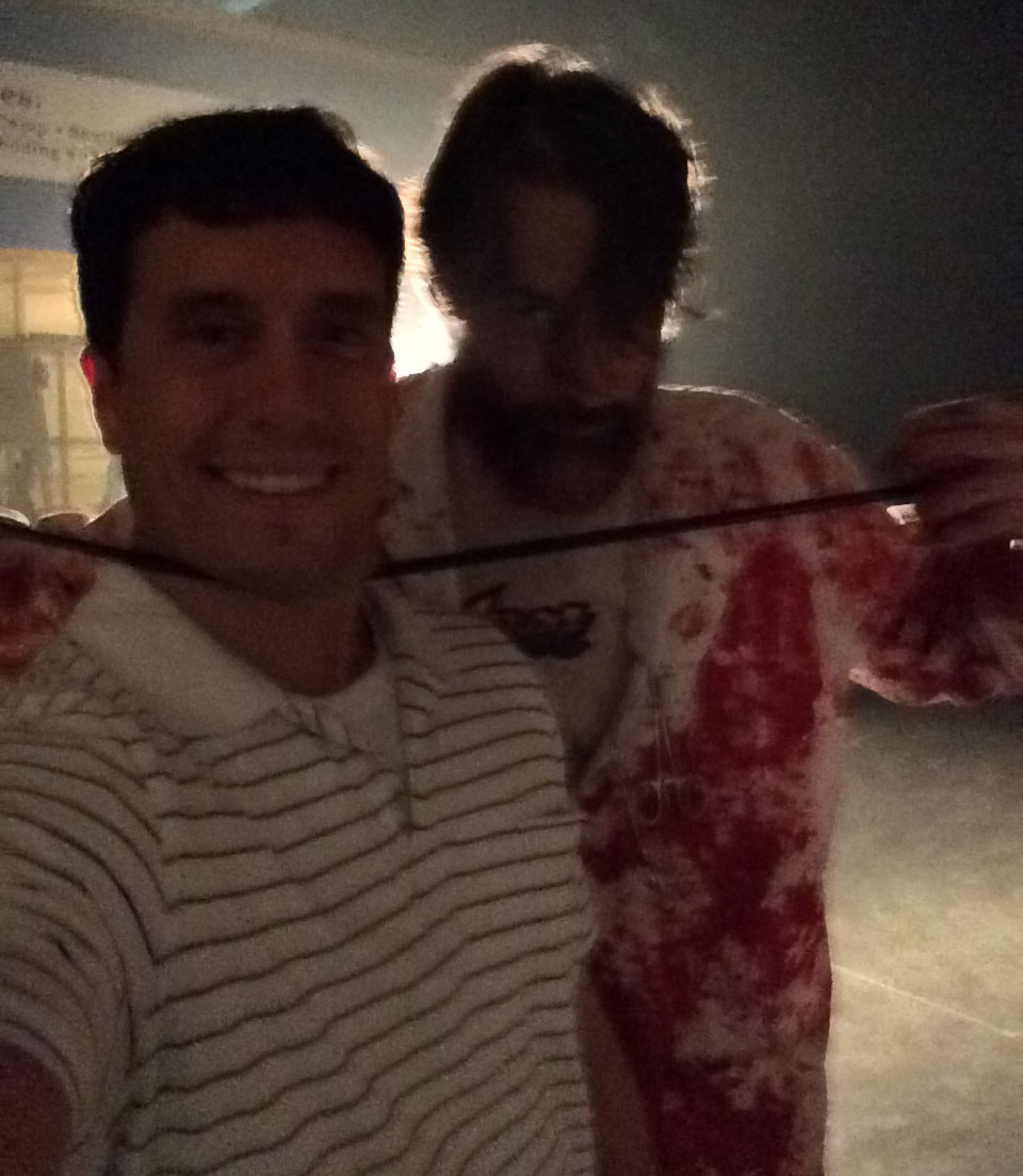 After I exited the Terror Under the Bridge haunted house one of the actors took a photo with me.