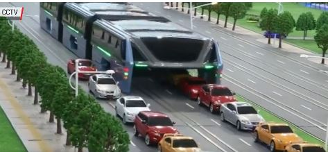 The bus concept developed by the Chinese would in theory completely pass over regular traffic.