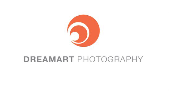 DreamArt Photography is a company that takes candid photos of couples in tropical locations.