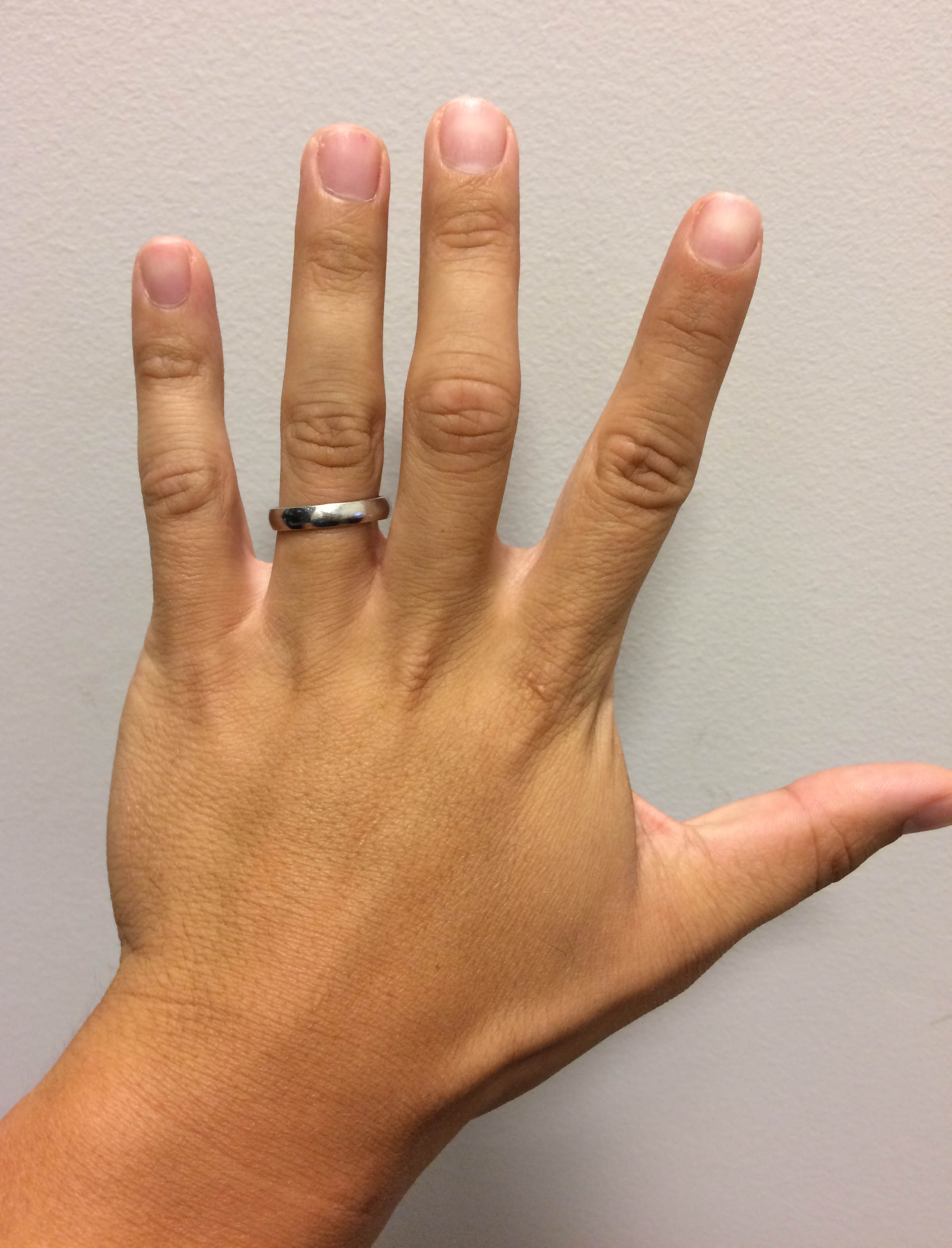 I have now worn my ring for over 100 days and it feels completely natural.